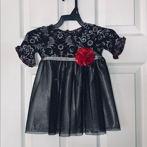 Adorably Sweet Dress. Perfect for Holidays. 18Mo❤️